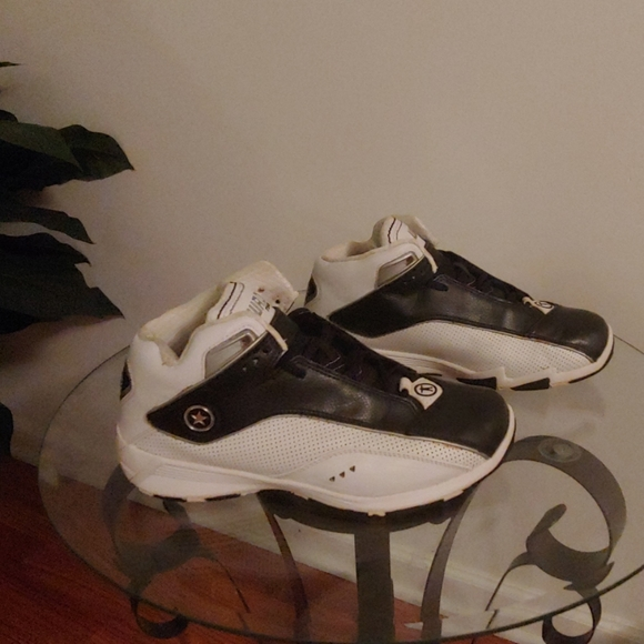 Converse Team Wade Sneakers